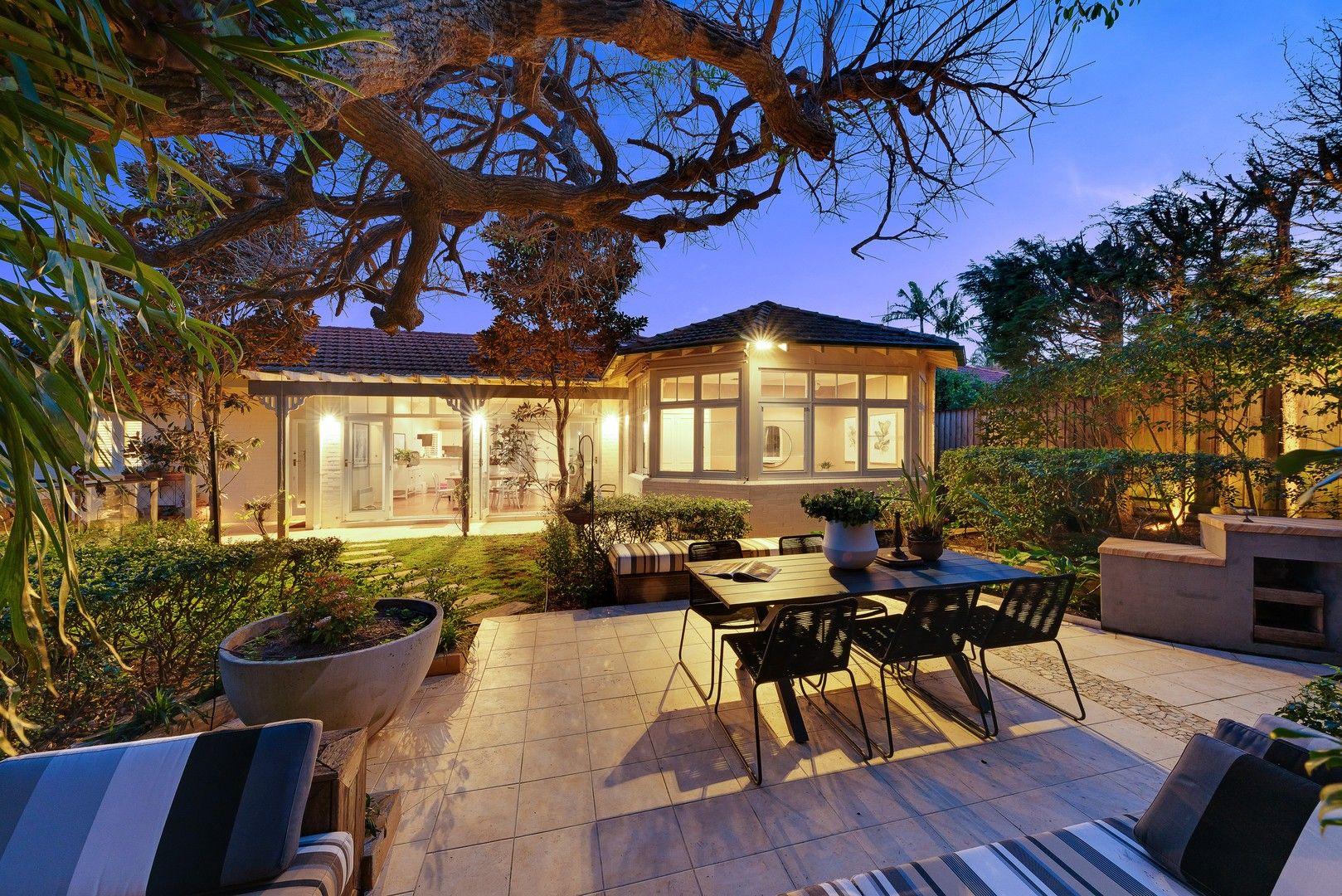 4 bedrooms House in 51 Cliff Avenue NORTHBRIDGE NSW, 2063