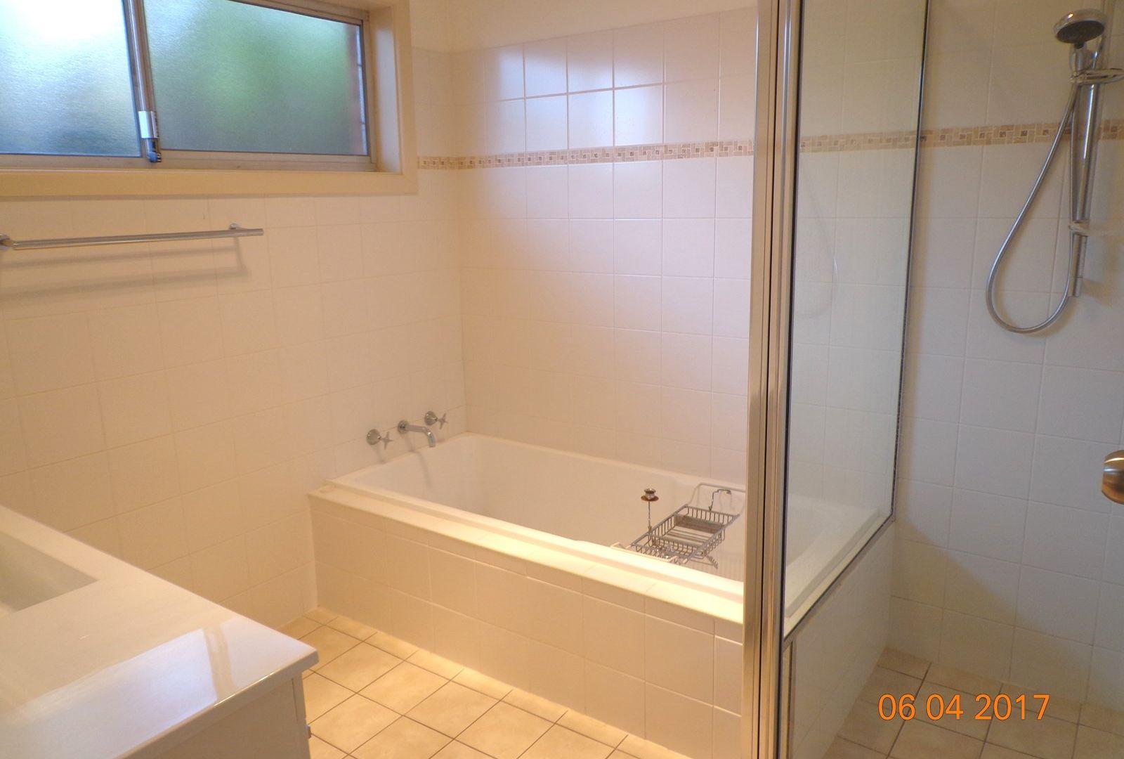 9 Wyuna Avenue, Dubbo NSW 2830, Image 2