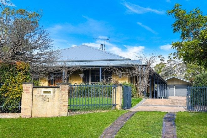 Picture of 13 Boronia Avenue, HILL TOP NSW 2575