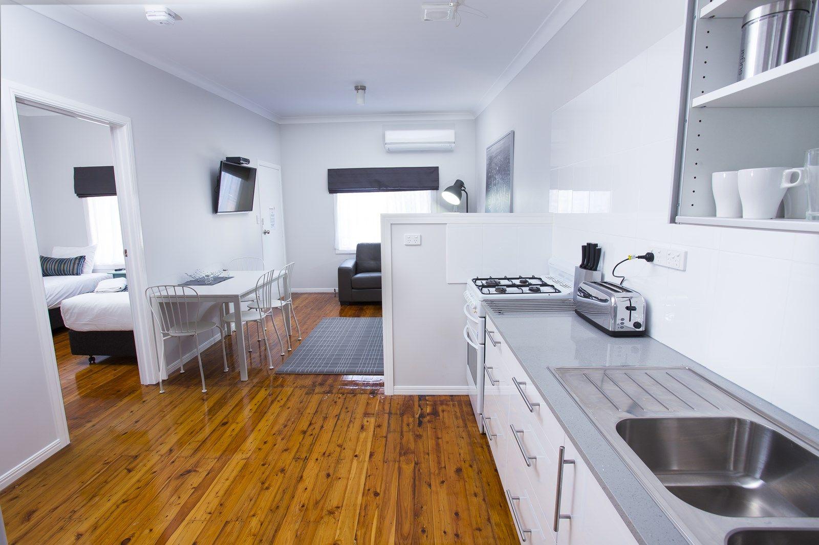 3/214 Long Street, South Toowoomba QLD 4350, Image 2