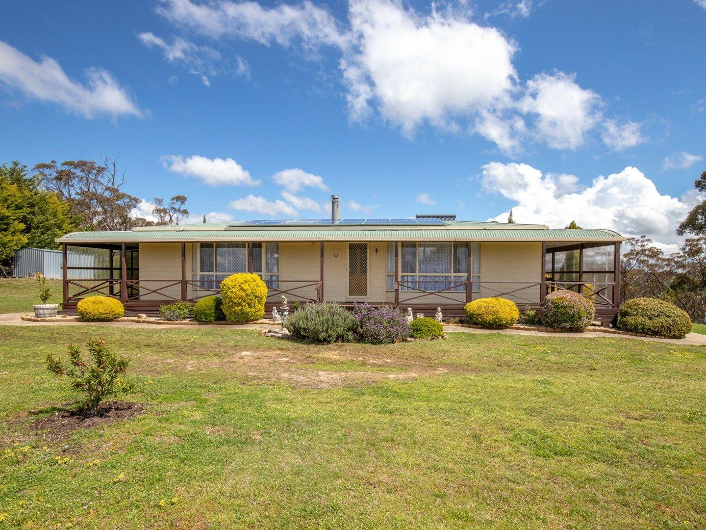 69 Marks Crescent, Oberon NSW 2787, Image 0