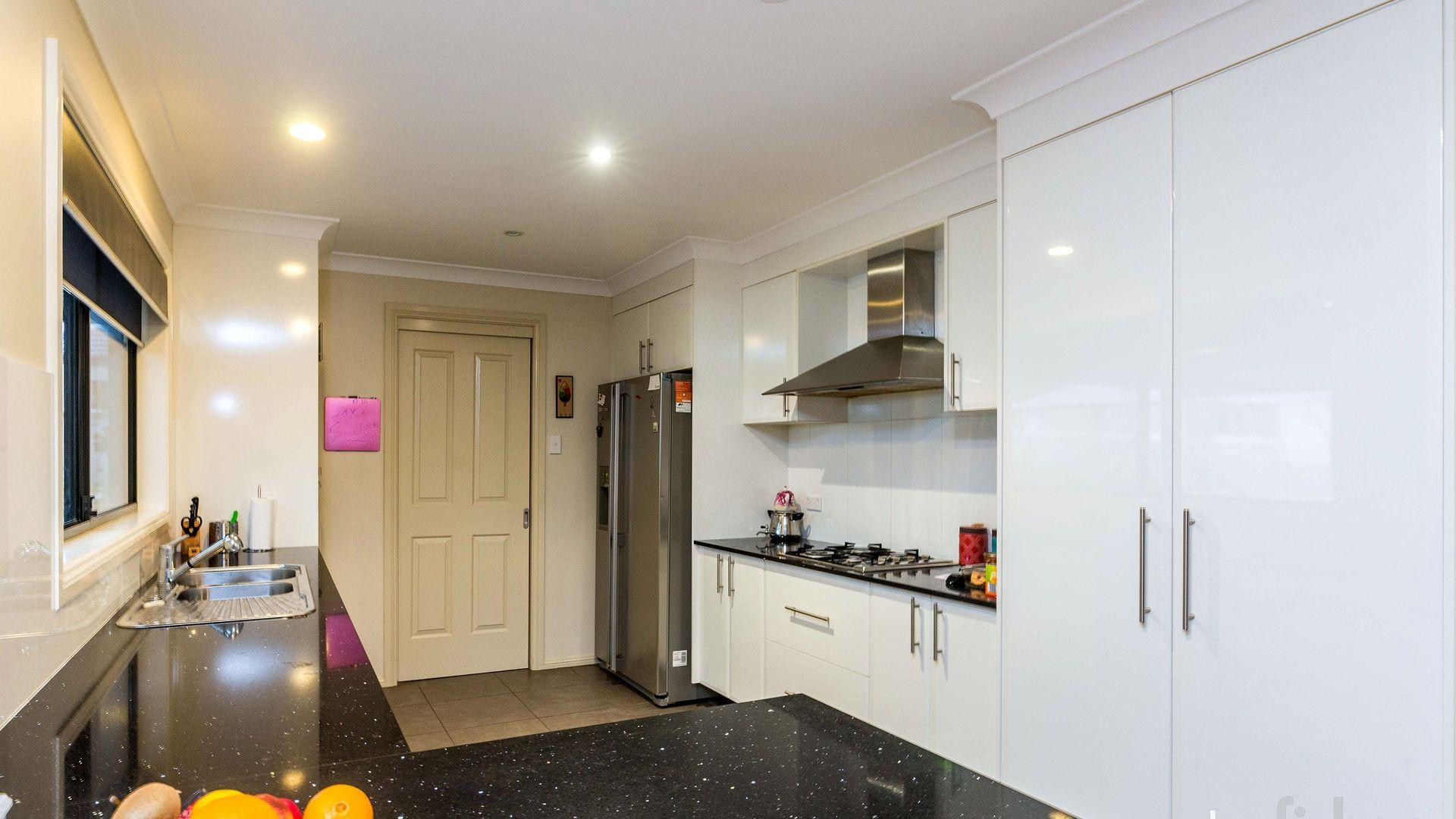 6 Ruby Street, Orange NSW 2800, Image 2