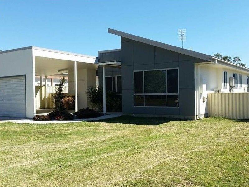 73 Centenary Drive North, Middlemount QLD 4746, Image 2