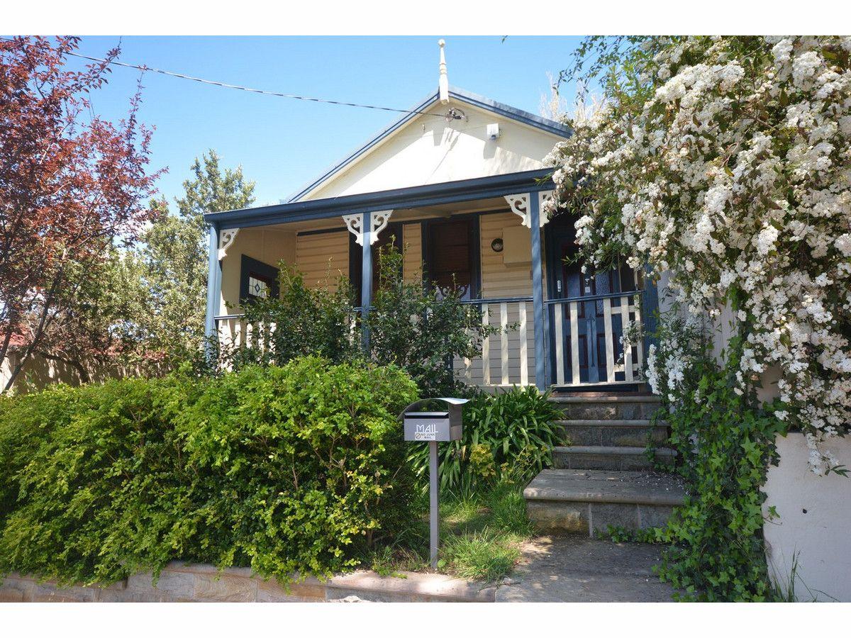 9 Leichhardt Street, Katoomba NSW 2780, Image 0