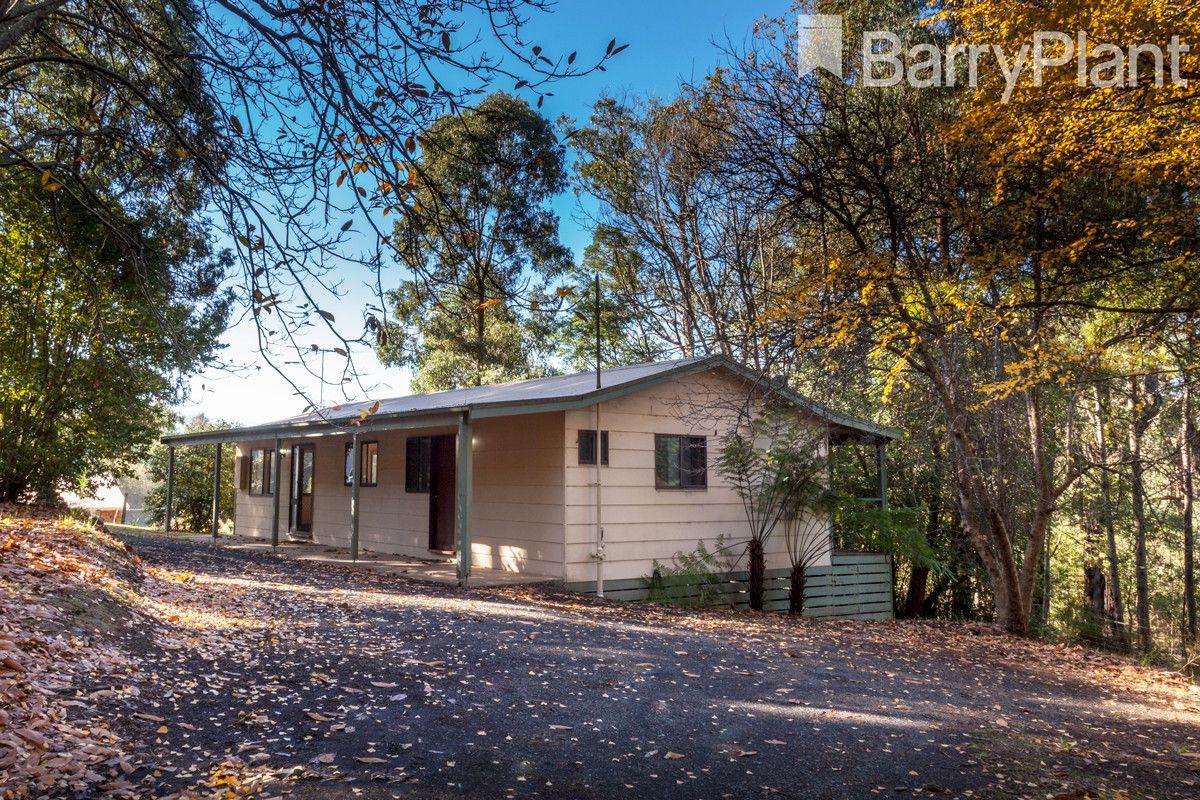 22 Glen Road, Cockatoo VIC 3781