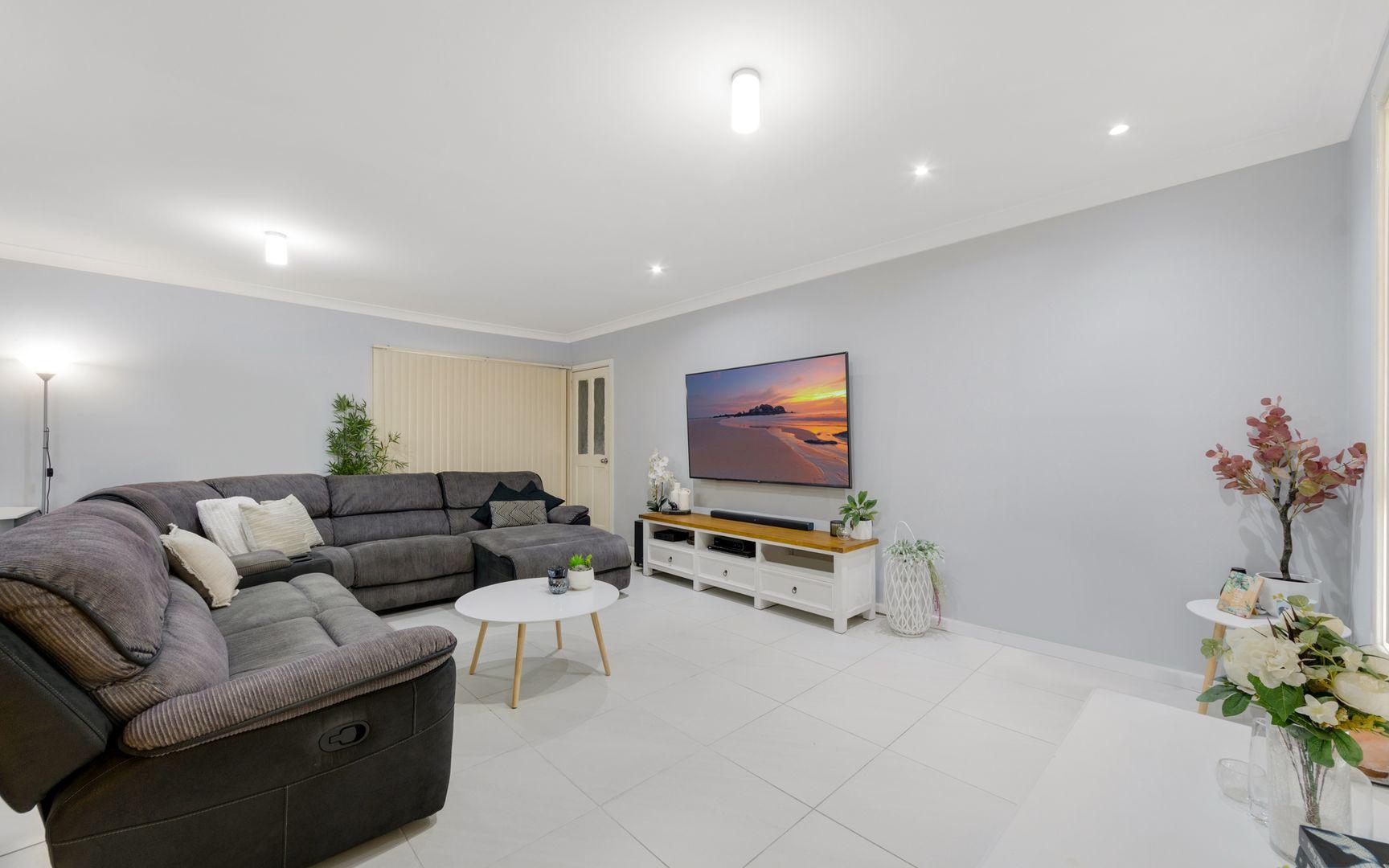 27 Twingleton Avenue, Ambarvale NSW 2560, Image 2