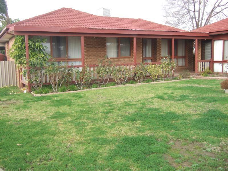 59 Undurra Drive, Glenfield Park NSW 2650, Image 0