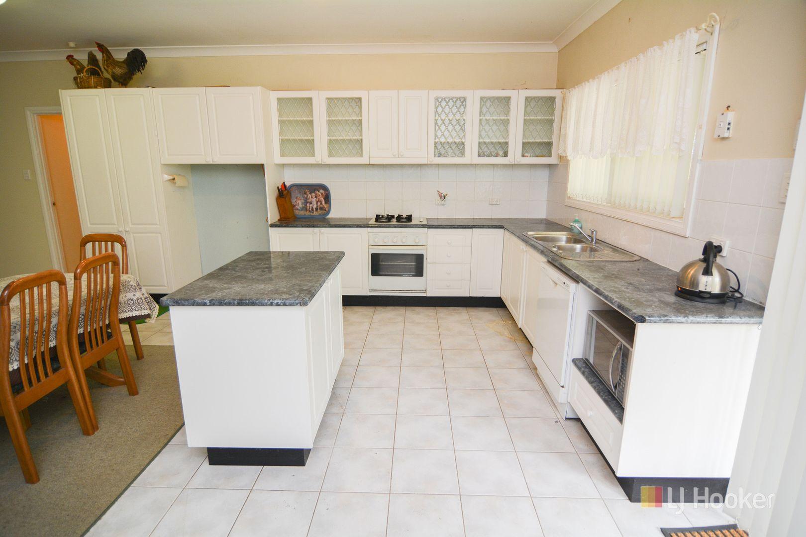 60 Daintree Close, South Bowenfels NSW 2790, Image 2