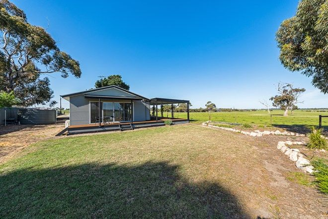 Picture of 156 Main Road, FINNISS SA 5255
