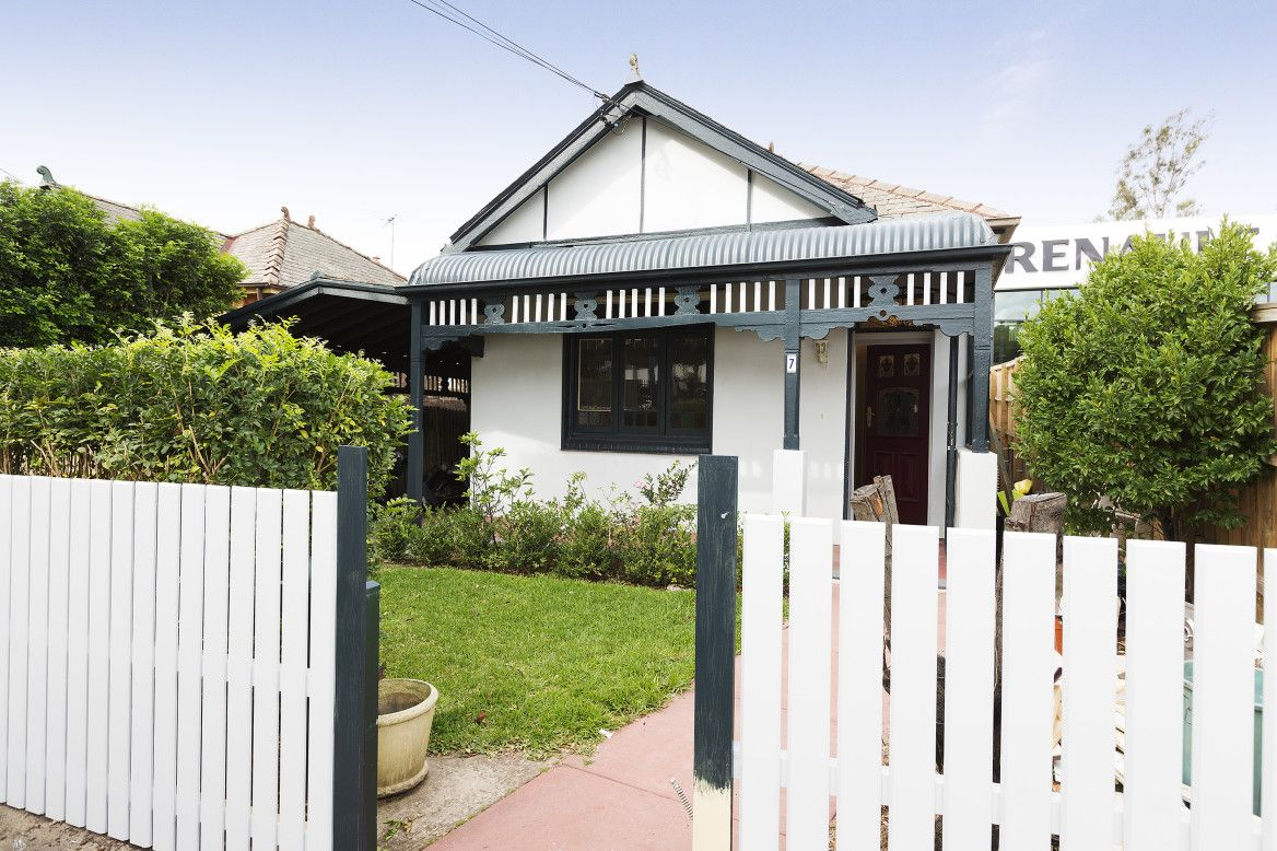 2 bedrooms House in 7 Hawthorne Parade HABERFIELD NSW, 2045
