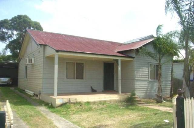 6 Bursill St, Guildford NSW 2161, Image 0