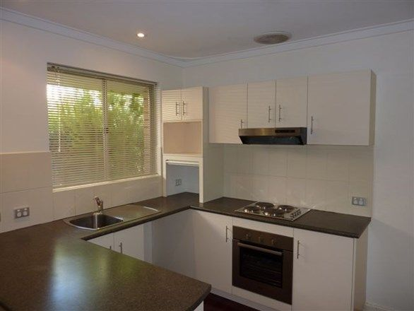 A/64 Wilkie Street, Stirling WA 6021, Image 2