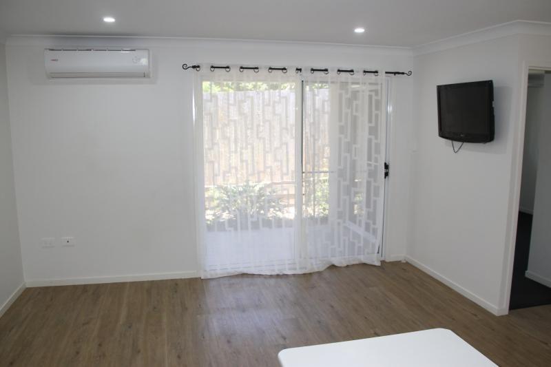 3/278 West  Street, Kearneys Spring QLD 4350, Image 1