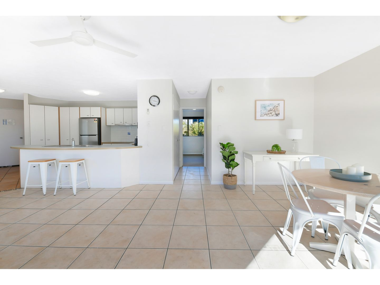 30/6 Beerburrum Street, Dicky Beach QLD 4551, Image 2