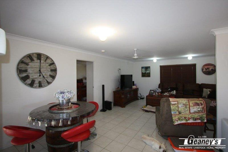 216 Hulls Road, Broughton QLD 4820, Image 2