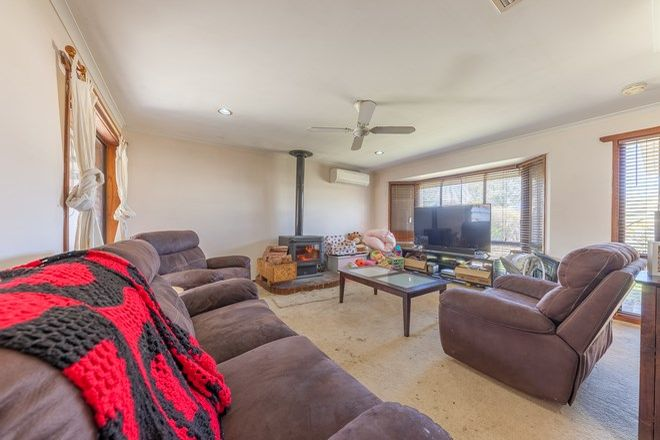 Picture of 17 Annika Place, BARNAWARTHA VIC 3688