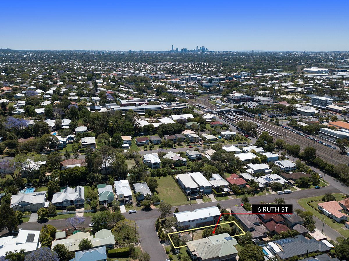 6 Ruth Street, Corinda QLD 4075, Image 2