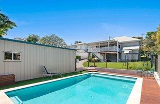 Picture of 27 Curve Avenue, Wynnum QLD 4178