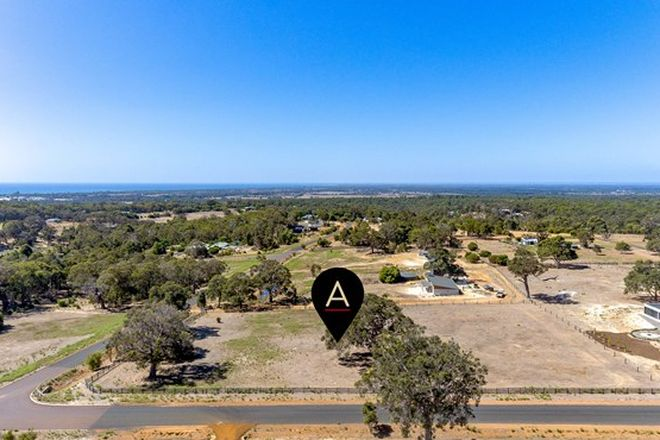 Picture of 6 Kinross Loop, QUINDALUP WA 6281