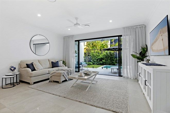 Picture of 2/48 Burra Street, CHEVRON ISLAND QLD 4217