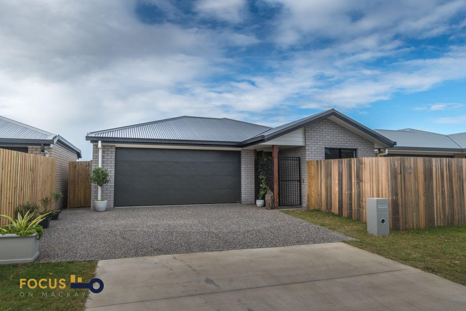 12 Thorn Avenue, Rural View QLD 4740