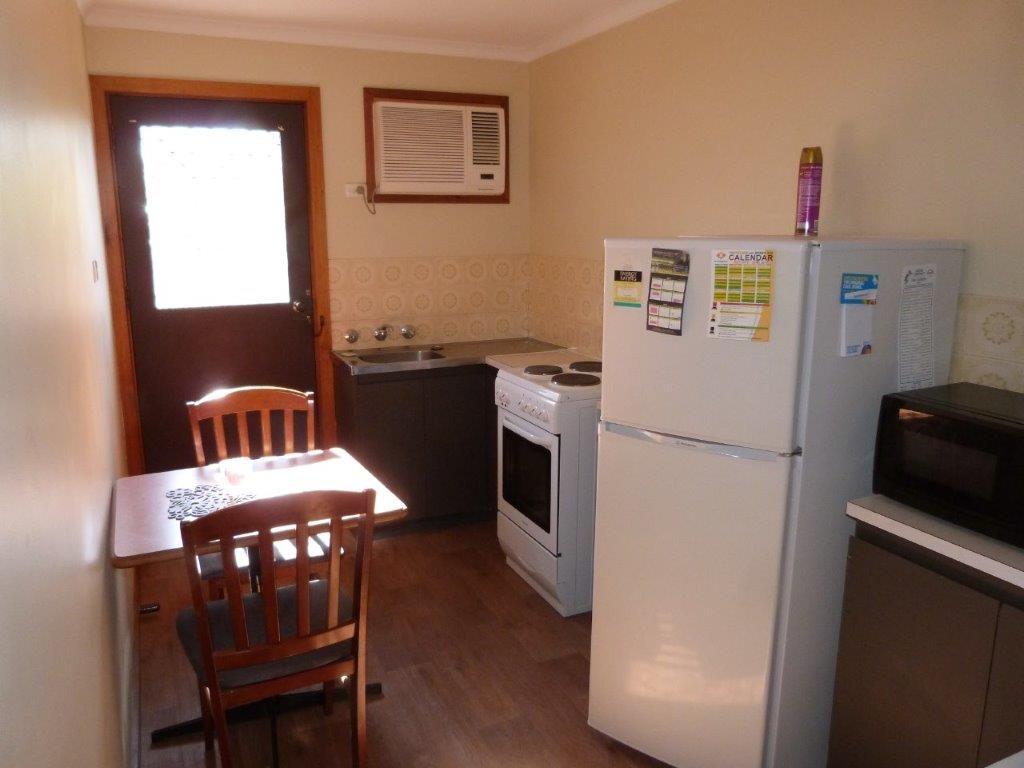 120 Tassie Street, Port Augusta SA 5700, Image 2