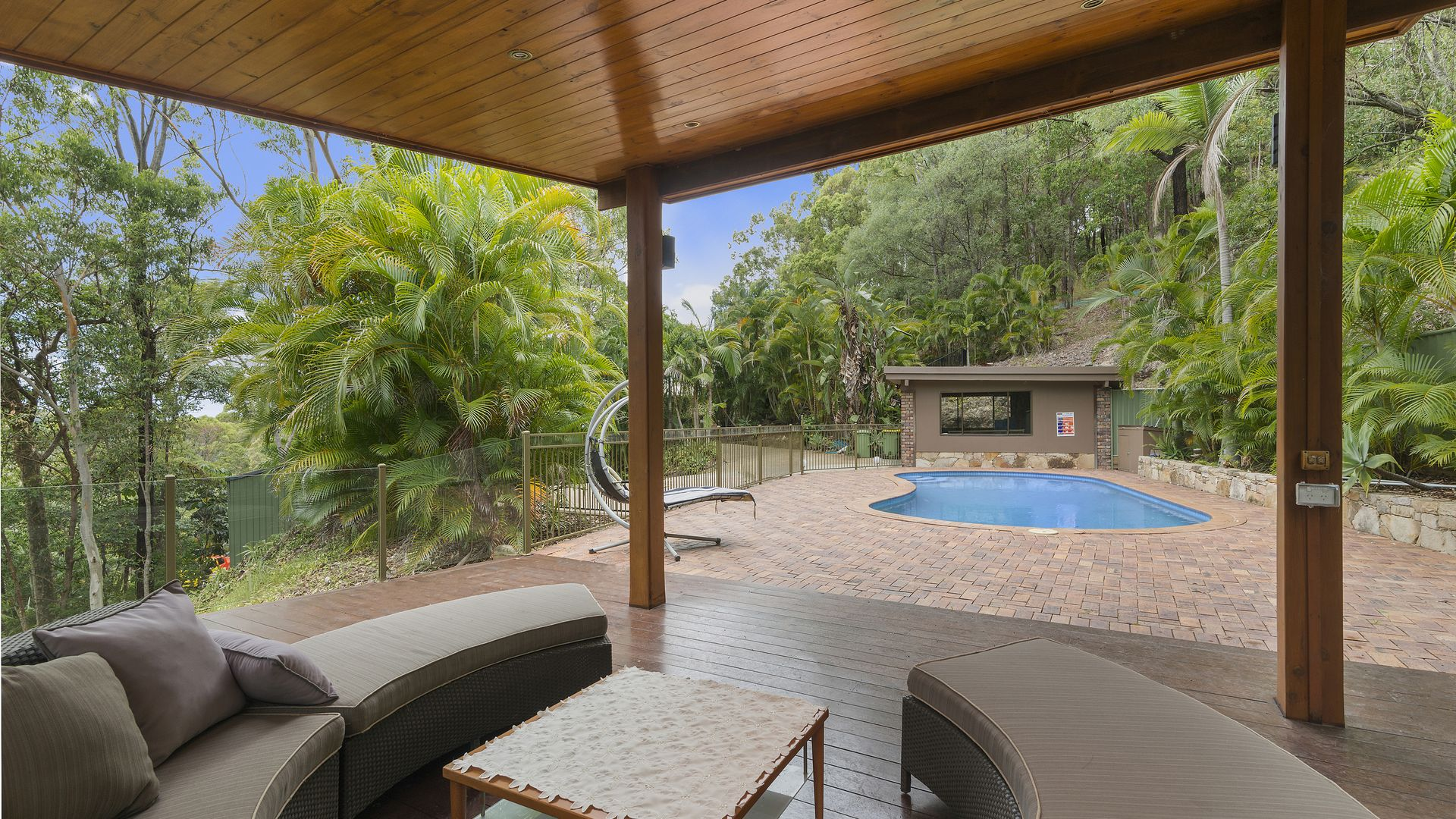 208 Tierney Drive, Currumbin Waters QLD 4223, Image 2