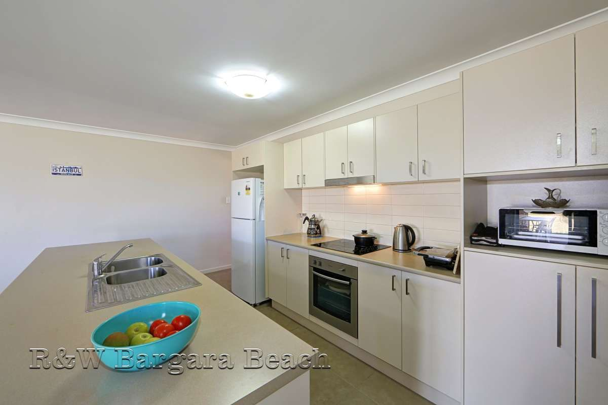 4 Villa Court, Ashfield QLD 4670, Image 1