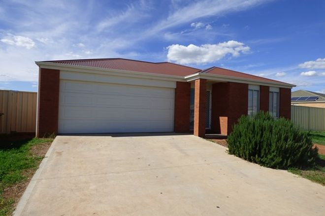 Picture of 7 Howlong Crescent, GRIFFITH NSW 2680