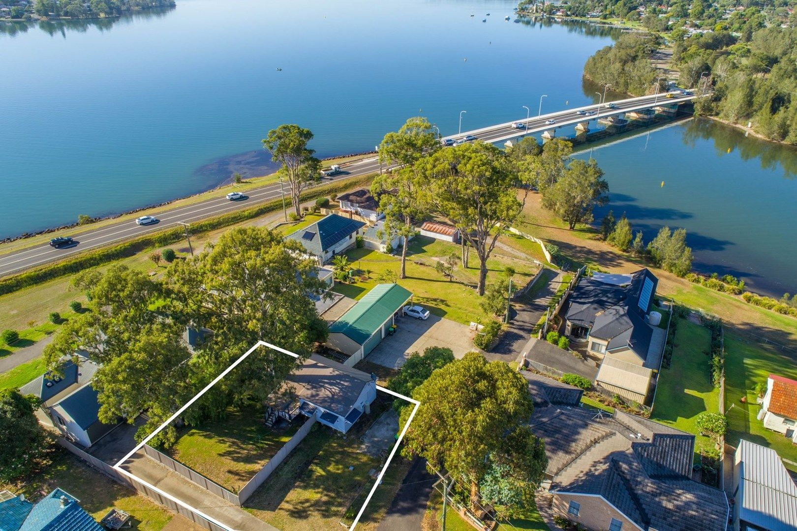 4 FIG TREE LANE, Fennell Bay NSW 2283, Image 0