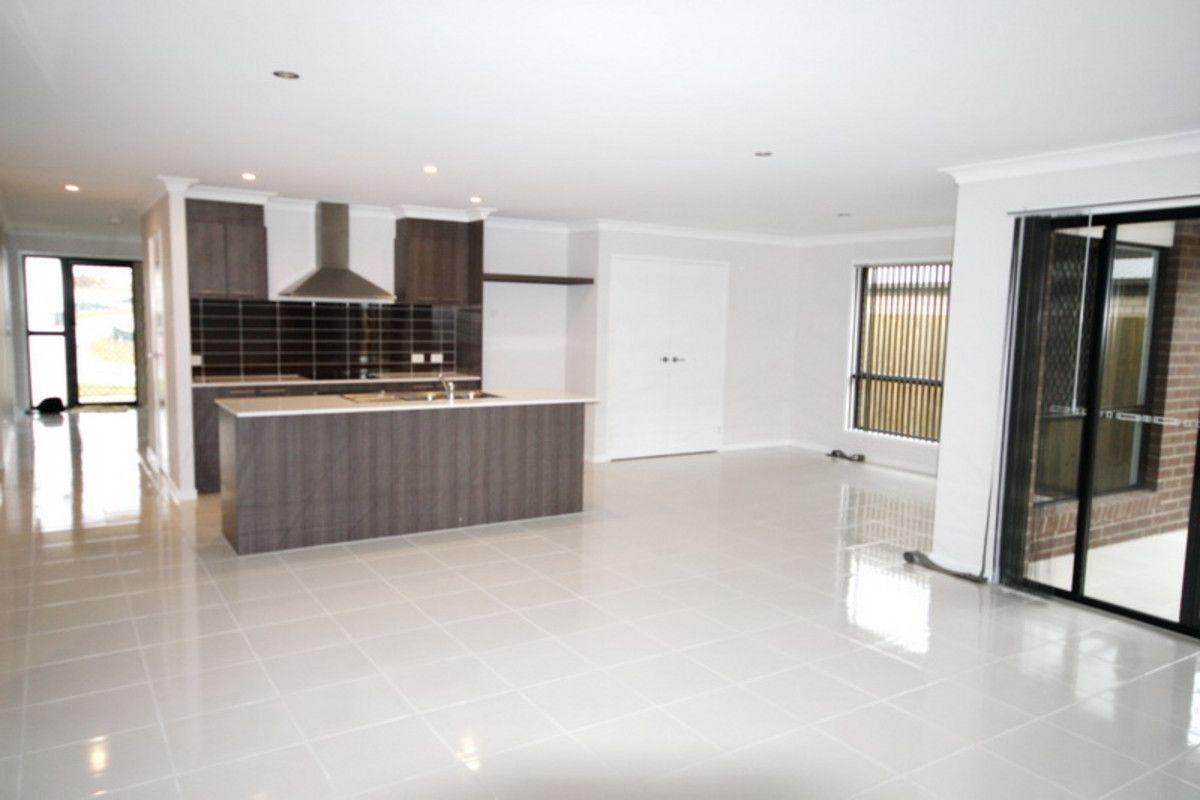 11 Howard Street, Yarrabilba QLD 4207, Image 2