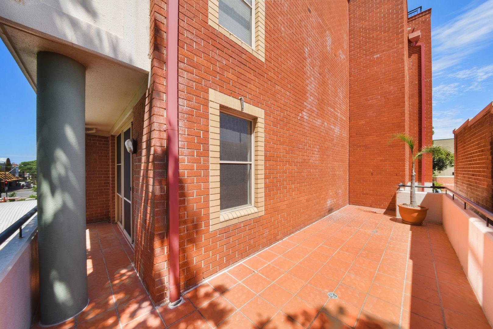 25/13 Ernest  Street, Crows Nest NSW 2065, Image 1