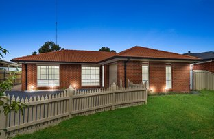 Picture of 1/15 Wilmot Drive, Delahey VIC 3037
