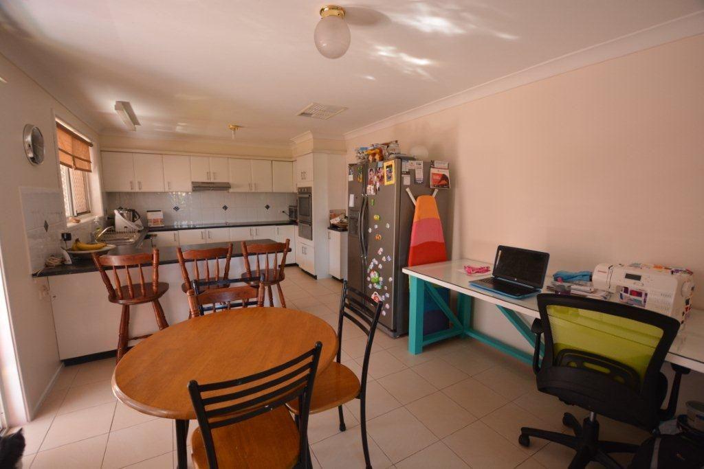 27 Bando Street, Gunnedah NSW 2380, Image 2