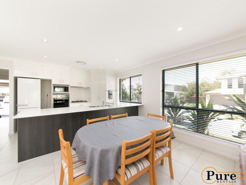 7 Pidna Lane, Pimpama QLD 4209, Image 2