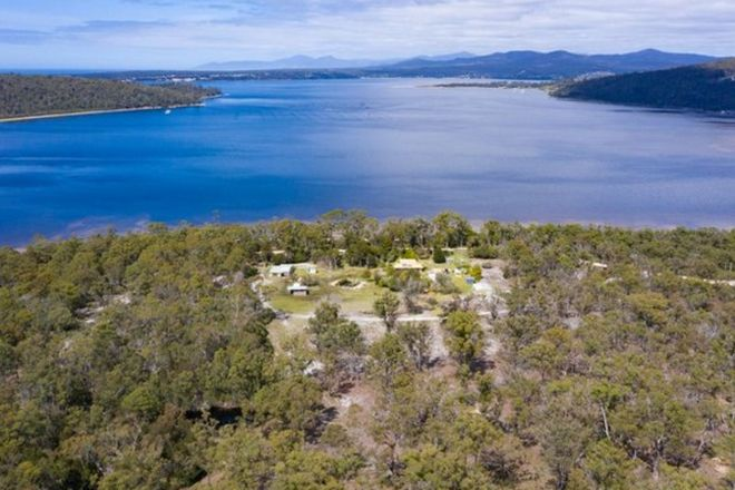 Picture of 113 Moulting Bay Beach Road, ST HELENS TAS 7216