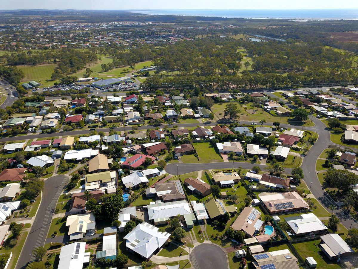 6 Sterling Court, Pialba QLD 4655, Image 2