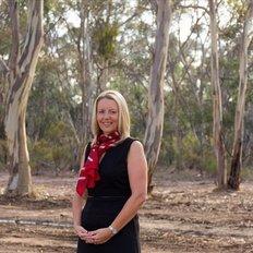 Julie Kaye, Sales representative