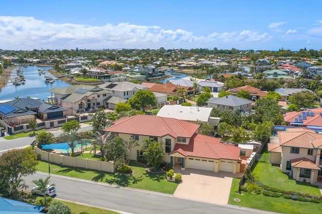 Picture of 40 Fleetwing Avenue, NEWPORT QLD 4020