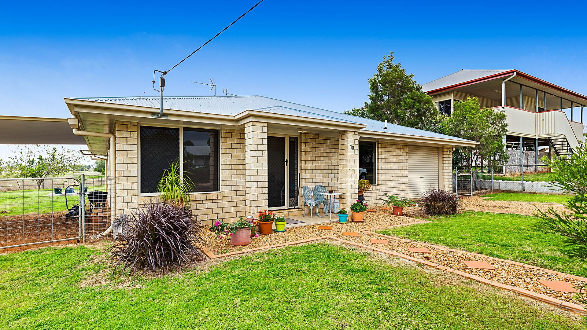 10 Frizzell Street, Southbrook QLD 4363, Image 1