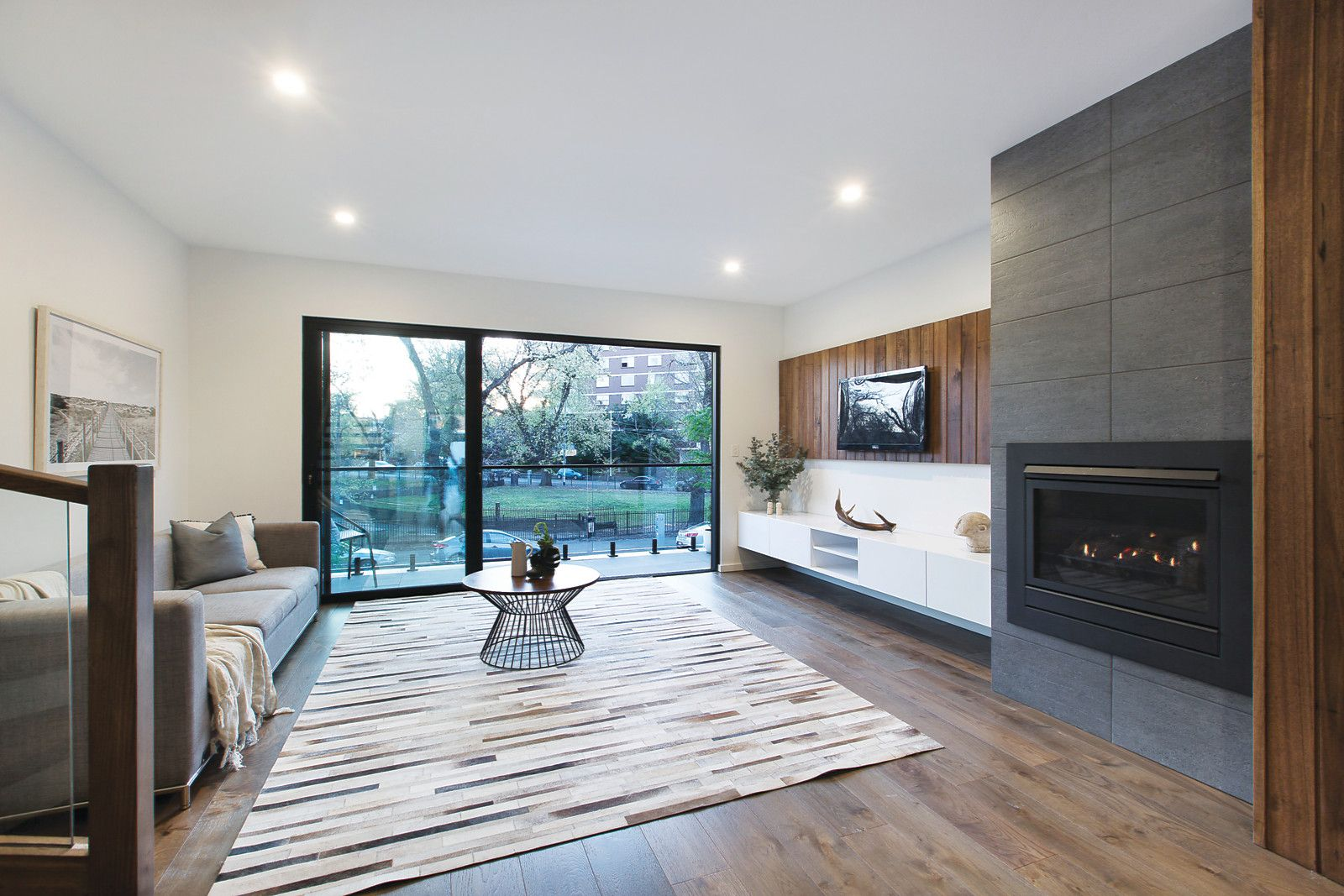 77 Eastern Road, South Melbourne VIC 3205, Image 2