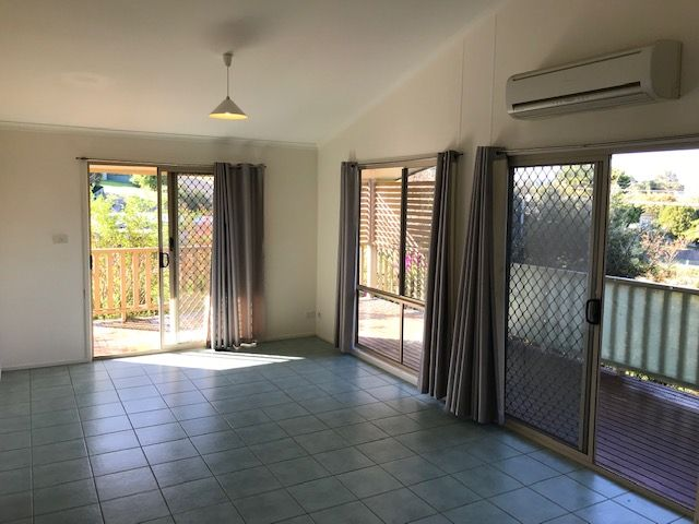 247 AUCKLAND STREET, Bega NSW 2550, Image 2