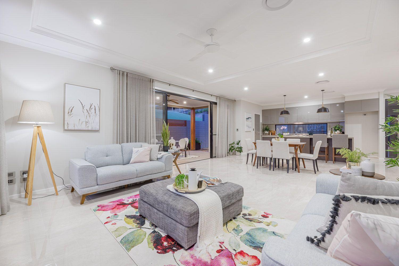 9 Arup Terrace, Edens Landing QLD 4207, Image 2