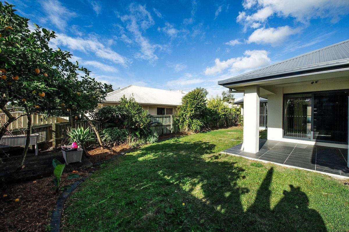 7 Cedarton Crescent, Ormeau QLD 4208, Image 2