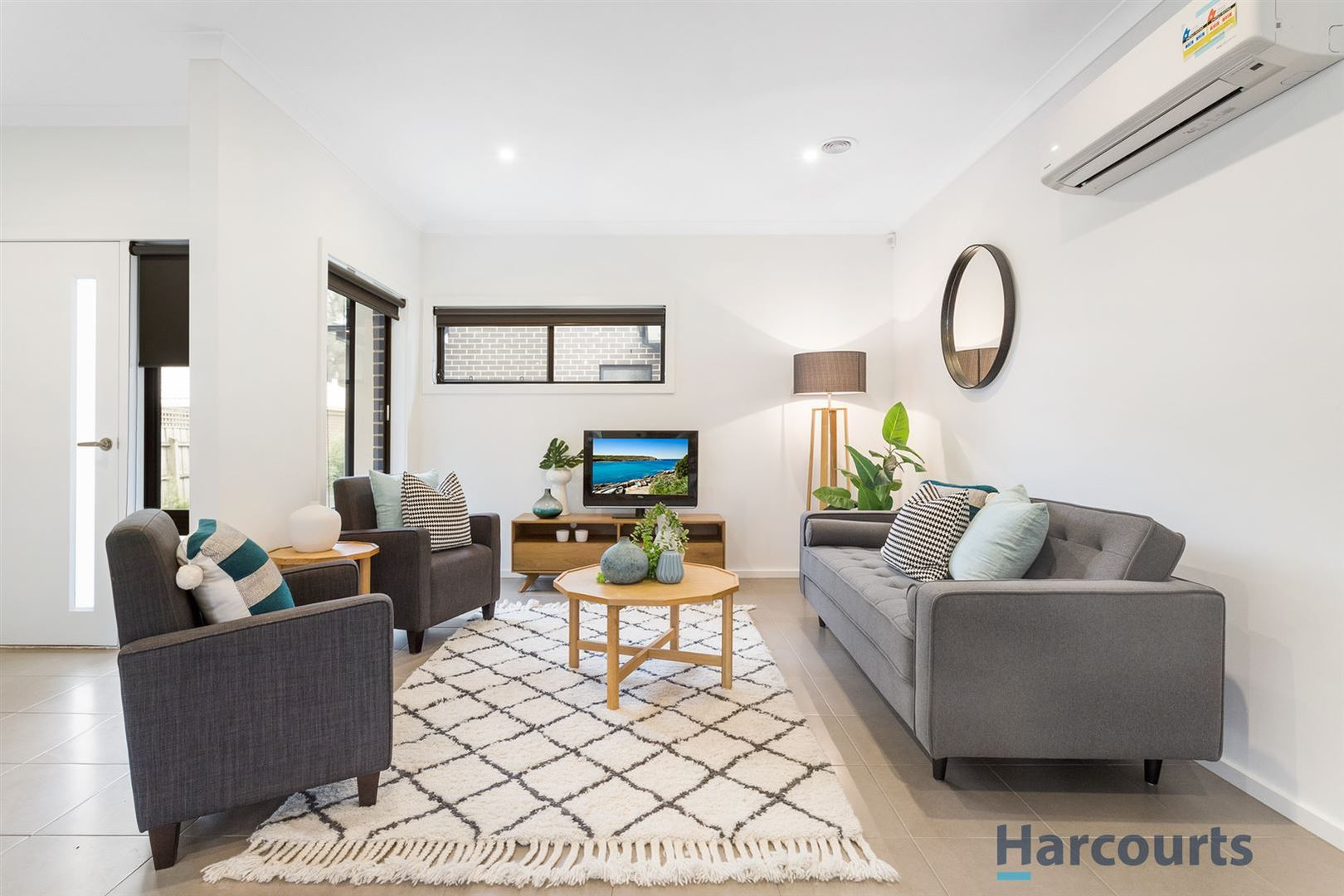 2/4 Chivalry Avenue, Glen Waverley VIC 3150, Image 1