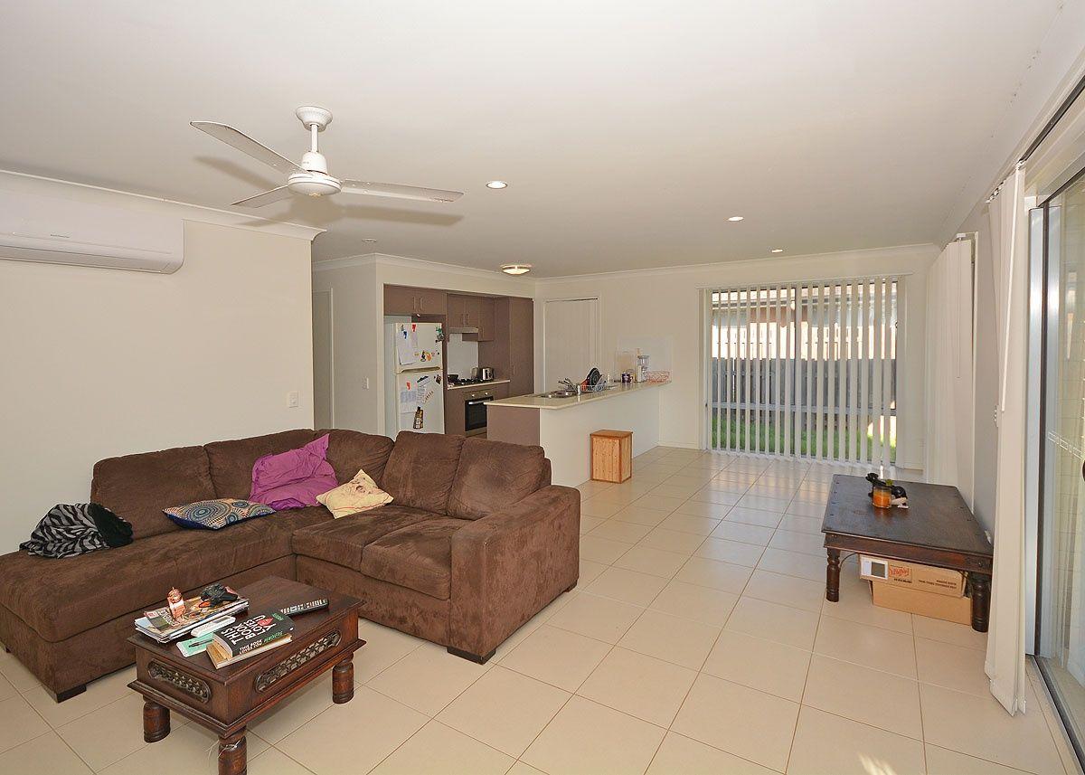 67 Augustus Boulevard, Urraween QLD 4655, Image 2