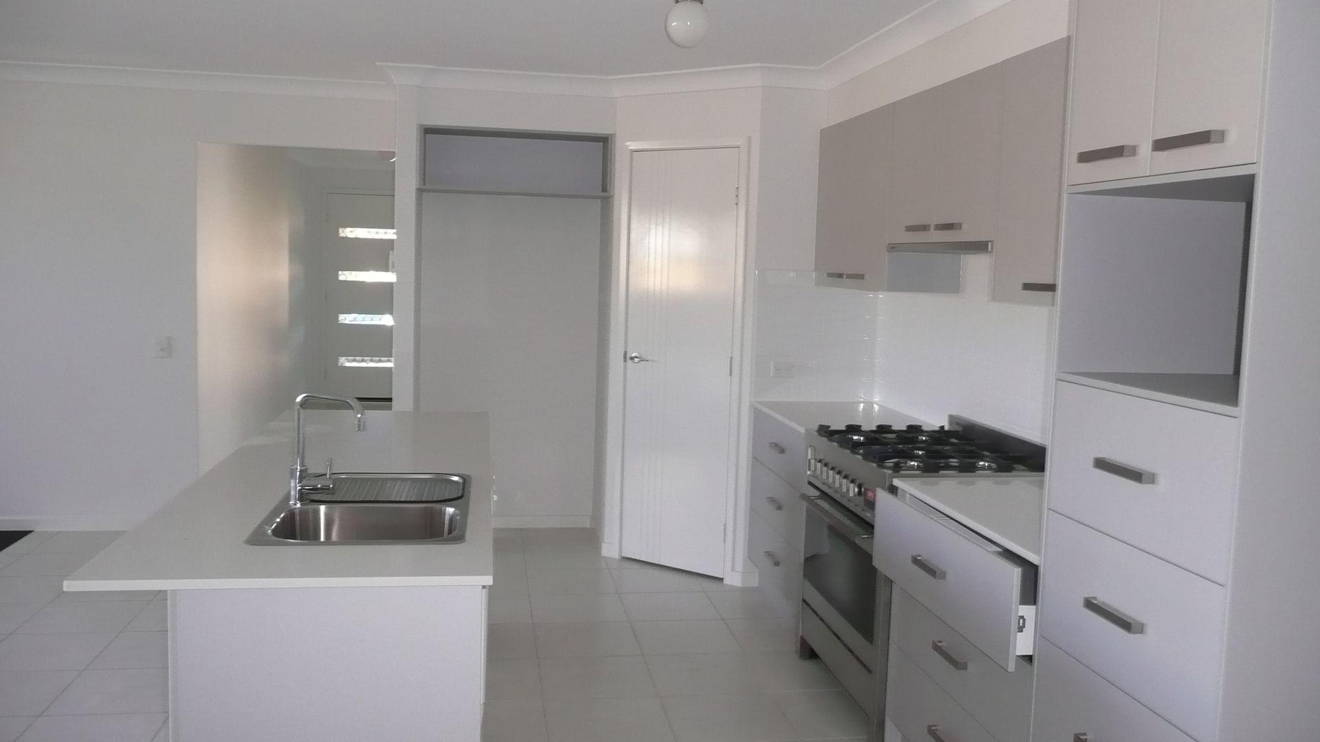 14 Ellenborough Avenue, Ormeau Hills QLD 4208, Image 1