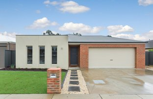 Picture of 73 Kingston Dr, Eaglehawk VIC 3556