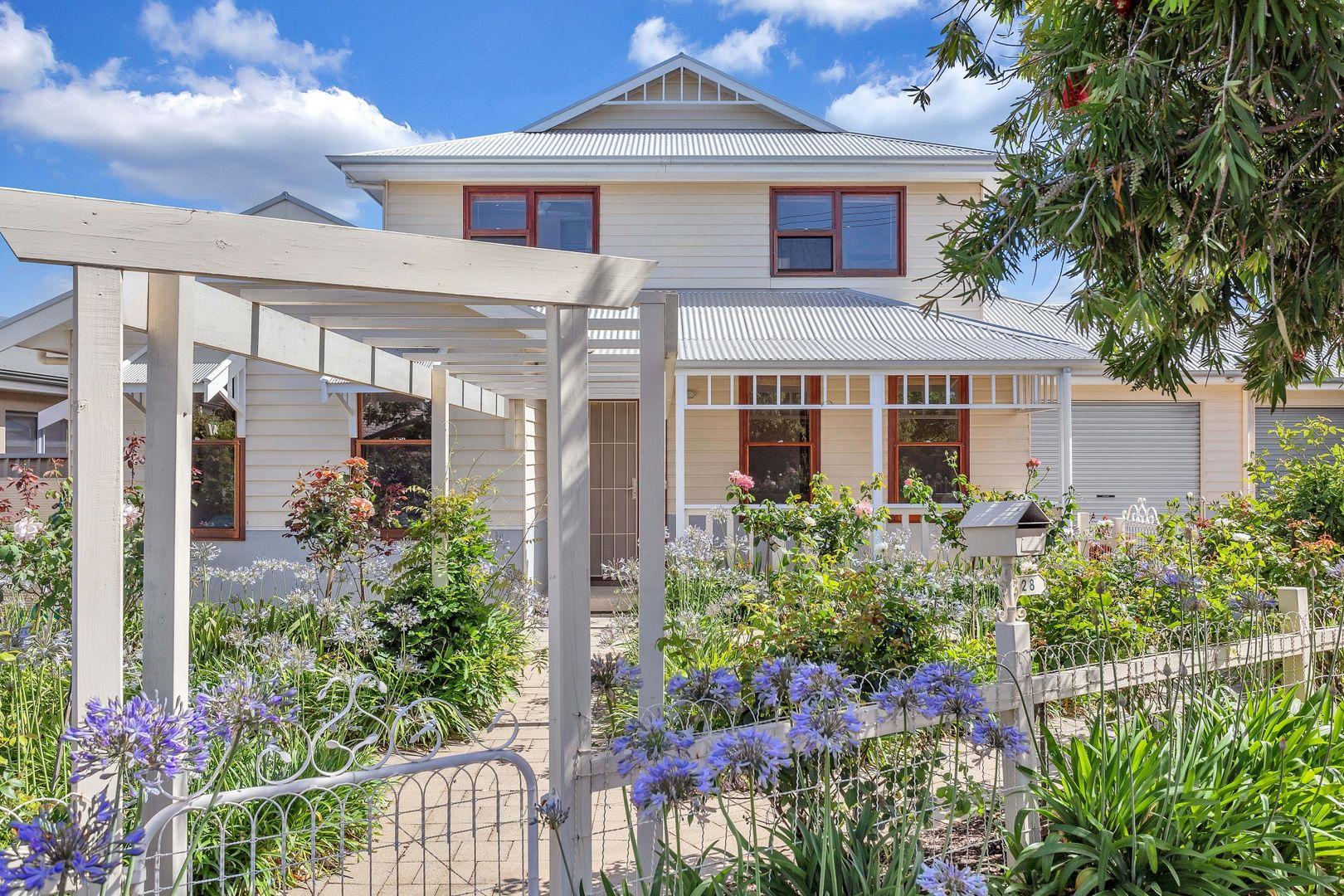 28 Illawarra Avenue, Hove SA 5048, Image 2