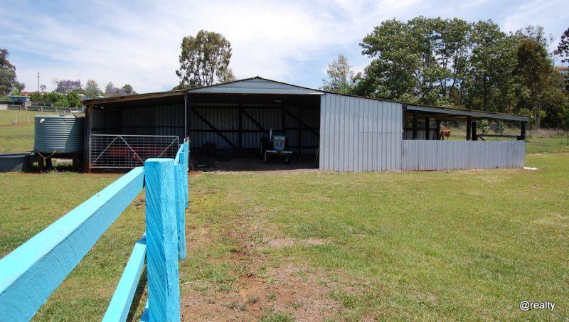 72 Hardgrave Road, Benarkin QLD 4306, Image 2